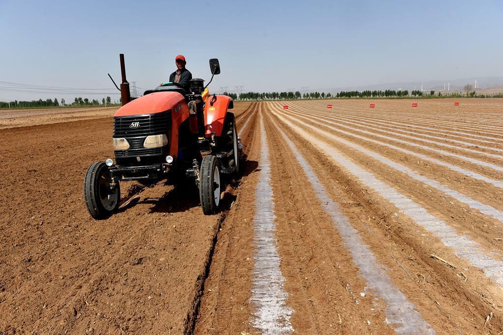 """""""种粮管家"""":要让农民成为令人羡慕的职业"""